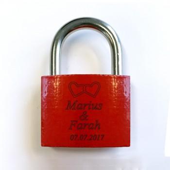 Liebesschloss - Design Herze mit 2 Namen und Datum
