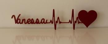 Herz mit Herzschlag und Ihrem Namen