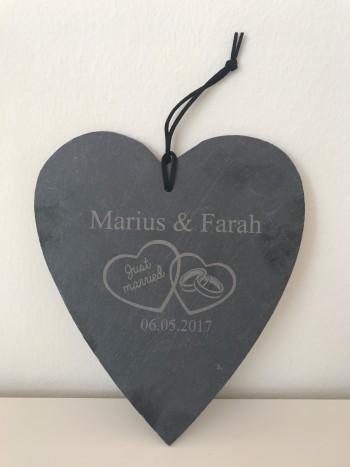 Hochzeitsgeschenk Just Married Schieferherz mit 2 Namen und Datum
