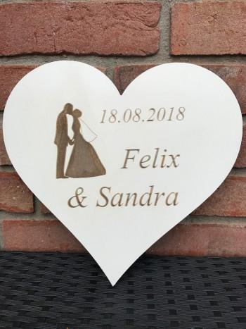 Hochzeitsgeschenk Herz mit Brautpaar und 2 Namen und Datum