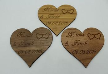 Wir heiraten - Termin Erinnerung / Safe the Date Herz mit 2 kleinen Herzen